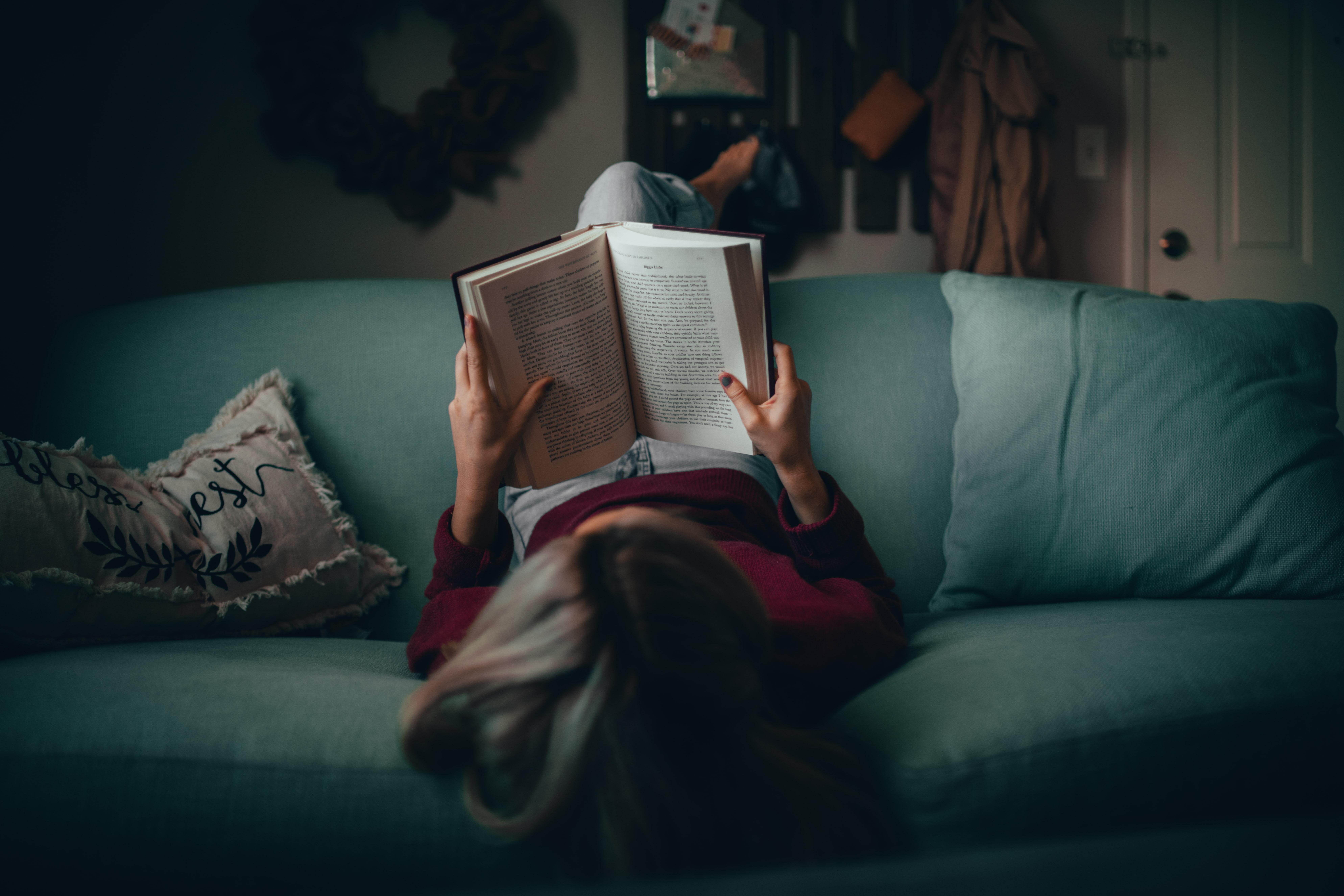 Få et stabilt fundament for din læsning med et læsestativ